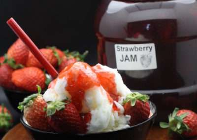 Snow Ice with Strawbery Jam